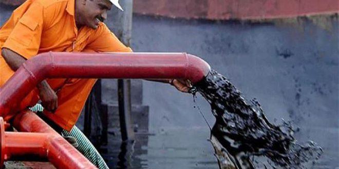 بعدما وفّرت لها المملكة الإمدادات.. الهند توقف نهائيًا استيراد النفط الإيراني