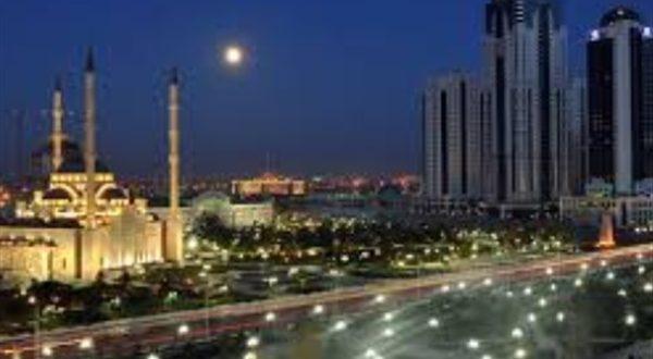 أمين عام منظمة التعاون الإسلامي يشهد افتتاح أكبر مساجد أوروبا