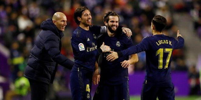 ريال مدريد ينتزع صدارة الليغا من برشلونة