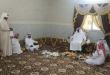 آل قزعه وأنسابهم يحتفلون بزواجهم في أجواء عائلية