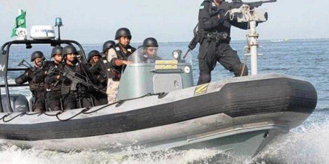 قوات التحالف تؤكد تدمير زورقين يستهدفان خطوط الملاحة والتجارة العالمية