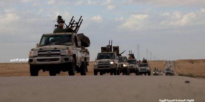 شاهد: الجيش والقبائل يلقون القبض على اسرى حوثين اختبئو في هذا المكان الذي لا يصدق في مأرب